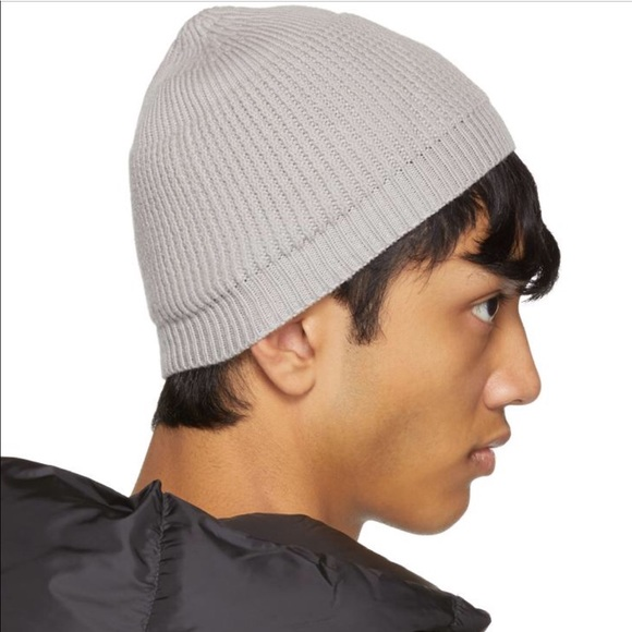 210924e5d2bee Rick Owens small Beanie fisherman knit. Gray color